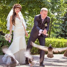 Wedding photographer Nadezhda Plutakhina (nadya-bul). Photo of 15.09.2013