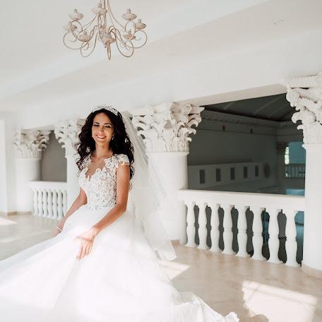 Wedding photographer Marina Yablonskaya (gata). Photo of 03.02.2018