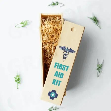 10 idei de cadouri pentru prieteni: sticla de vin in cutie personalizata