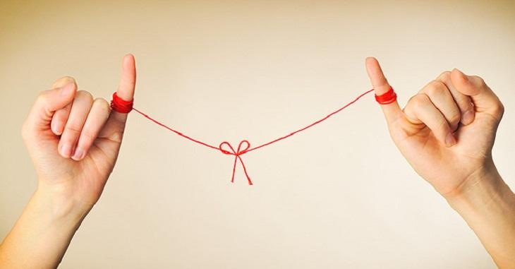 Bùa yêu kết nối giữa hai con người bằng tình yêu
