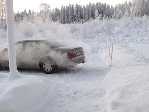Photo: Koska minun ympärivuotiseen käyttöön suunnitellussa autossani ei ole lohkolämmitintä, niin autoa oli tuolla Savon korvessa pakko varmuuden vuoksi käyttää päivittäin, koska pakkasta oli yli 30 astetta melkein koko viikon.. 23.01,2010