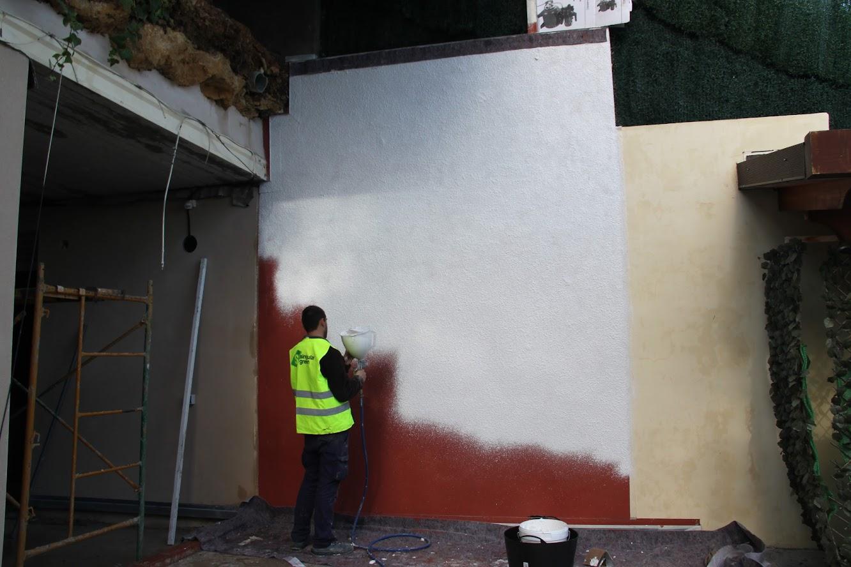 Sistema de jardín vertical pintado