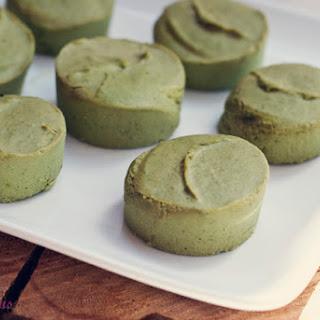 4 ingredient GREEN banana spinach homemade fudge (raw, vegan, gluten-free, grain-free, dairy-free, naturally sweetened).