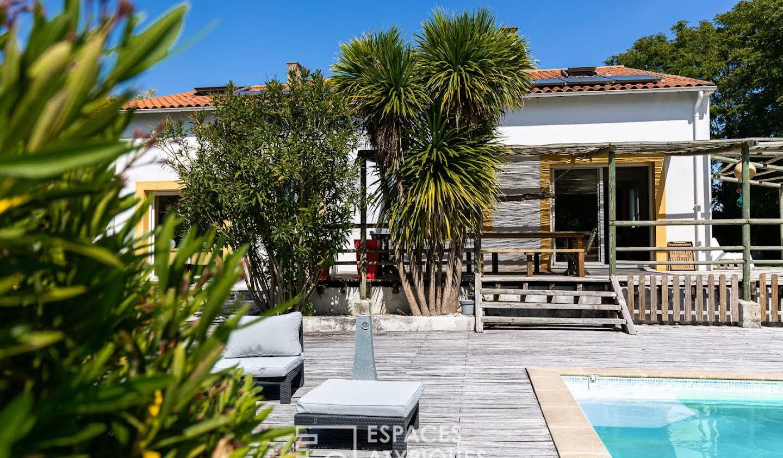 Maison avec piscine et terrasse Saint-Georges-de-Didonne