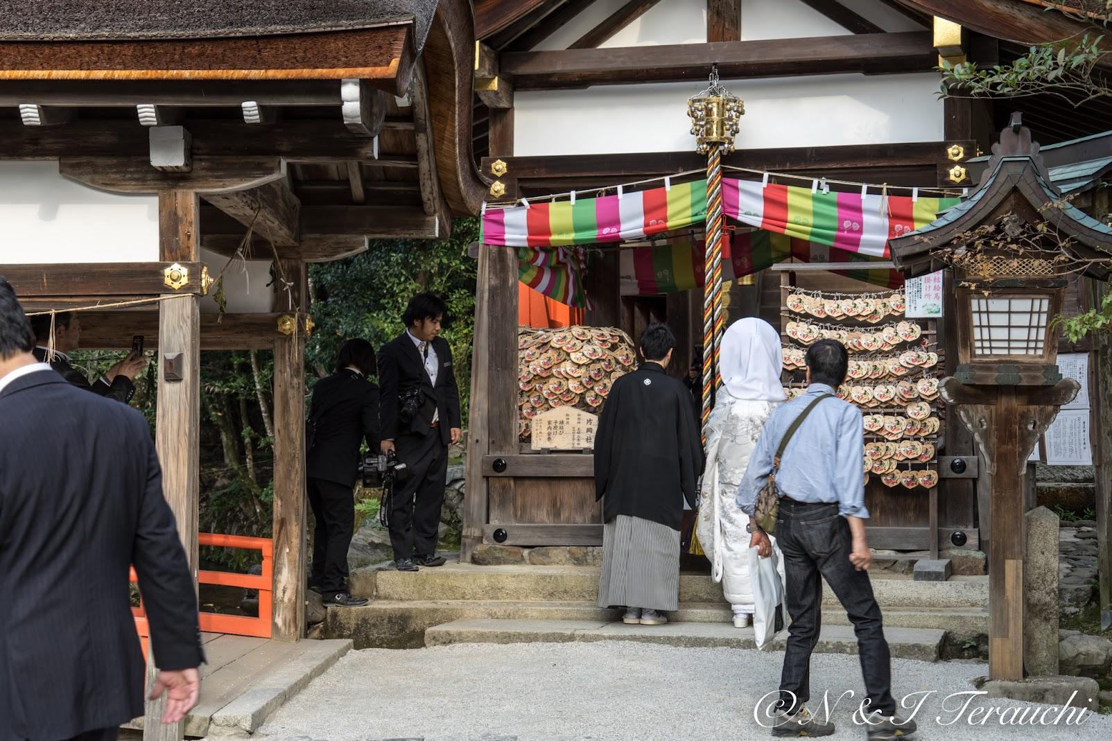 縁結びの神様「片山御子神社(片岡社)」
