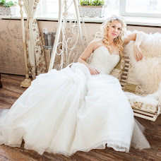 Wedding photographer Ekaterina Matkovskaya (paniKatarina). Photo of 12.03.2014