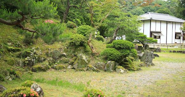 6. Genkyu-en (Famouse Japanese garden in the Shiga Pref.)