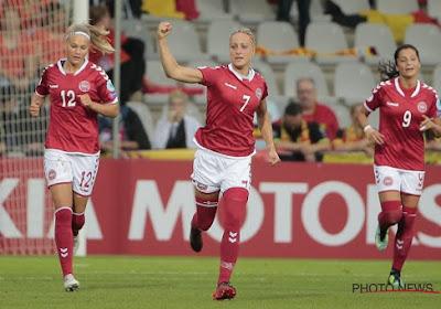 Sanne Troelsgaard scoorde tijdens de match, haar ... tweelingzus vooraf
