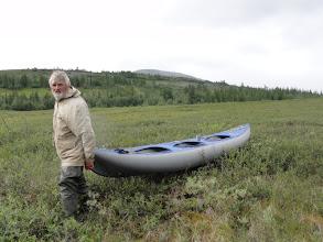 Photo: Волк тянет лодку по березке.