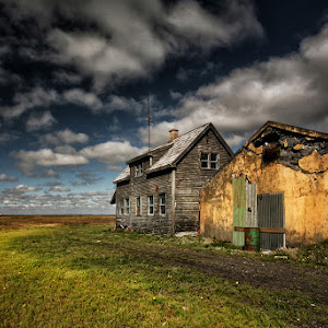 Grey House 1600.jpg