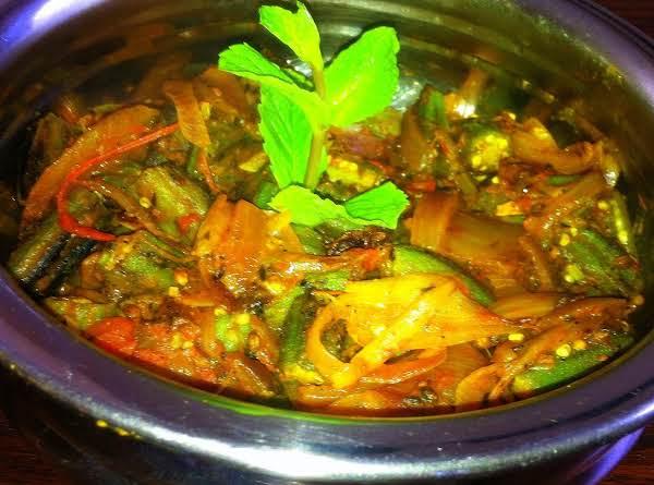 Enjoy This Okra Subji With Rice Or Rotis!