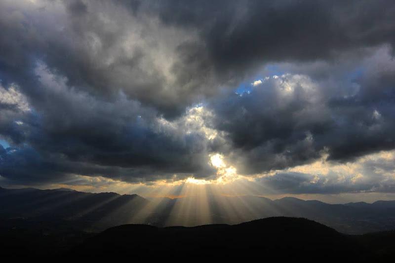 Luce tra le nuvole di Arianna Marini