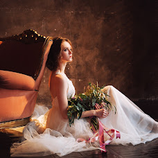 Wedding photographer Dinara Tazetdinova (DinaraT). Photo of 07.04.2018