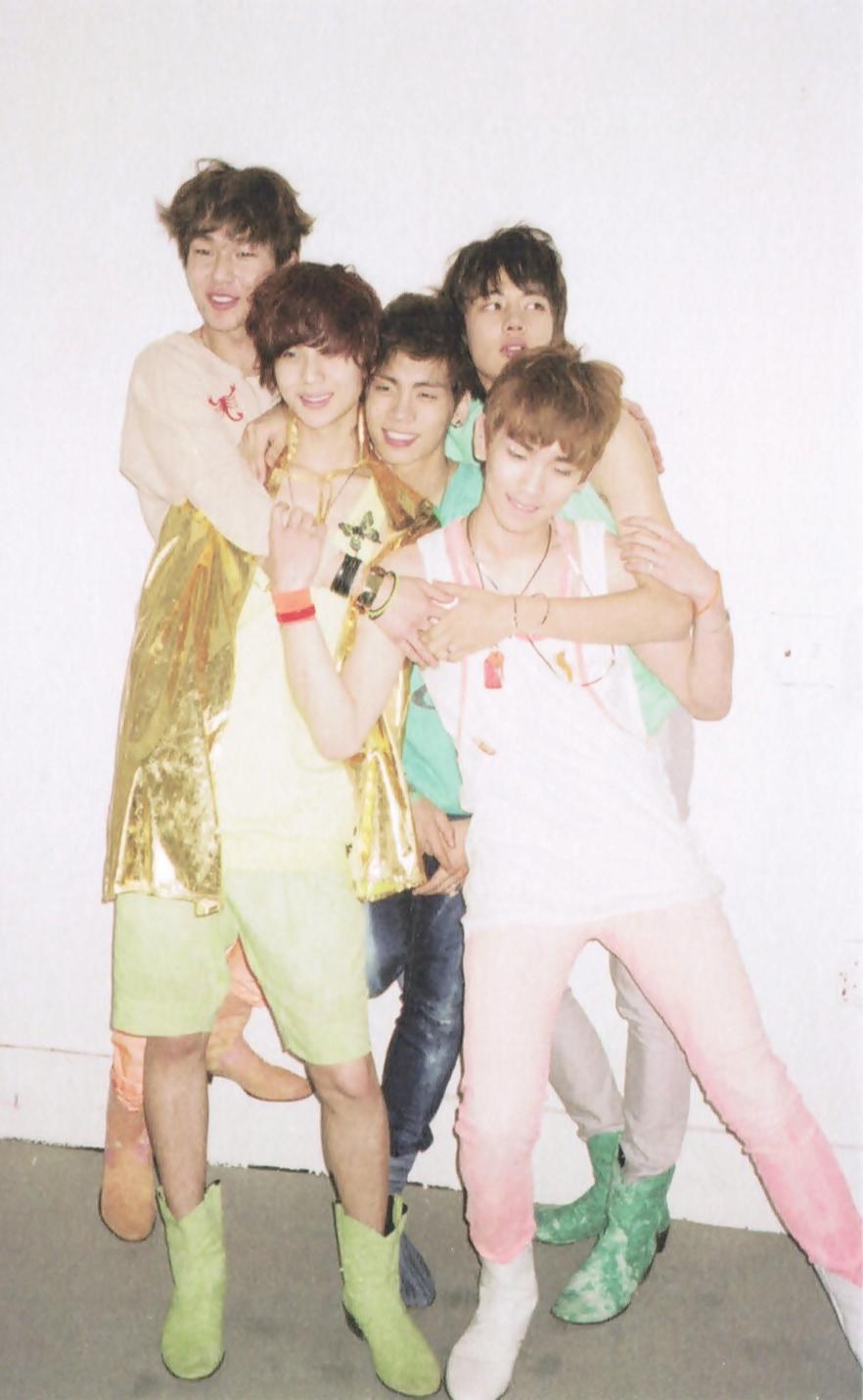 shinee key jonghyun 4