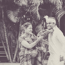 Wedding photographer Sujith Kumar (incognitoframes). Photo of 06.10.2017