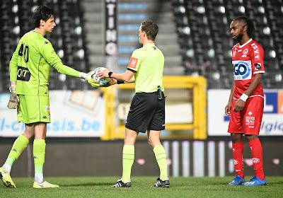 """Pelé Mboyo a sans doute manqué la balle de match contre Charleroi: """"Pas d'excuse"""""""