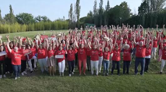 La enfermera almeriense Encarnación Lacasa, en un vídeo viral sobre su profesión
