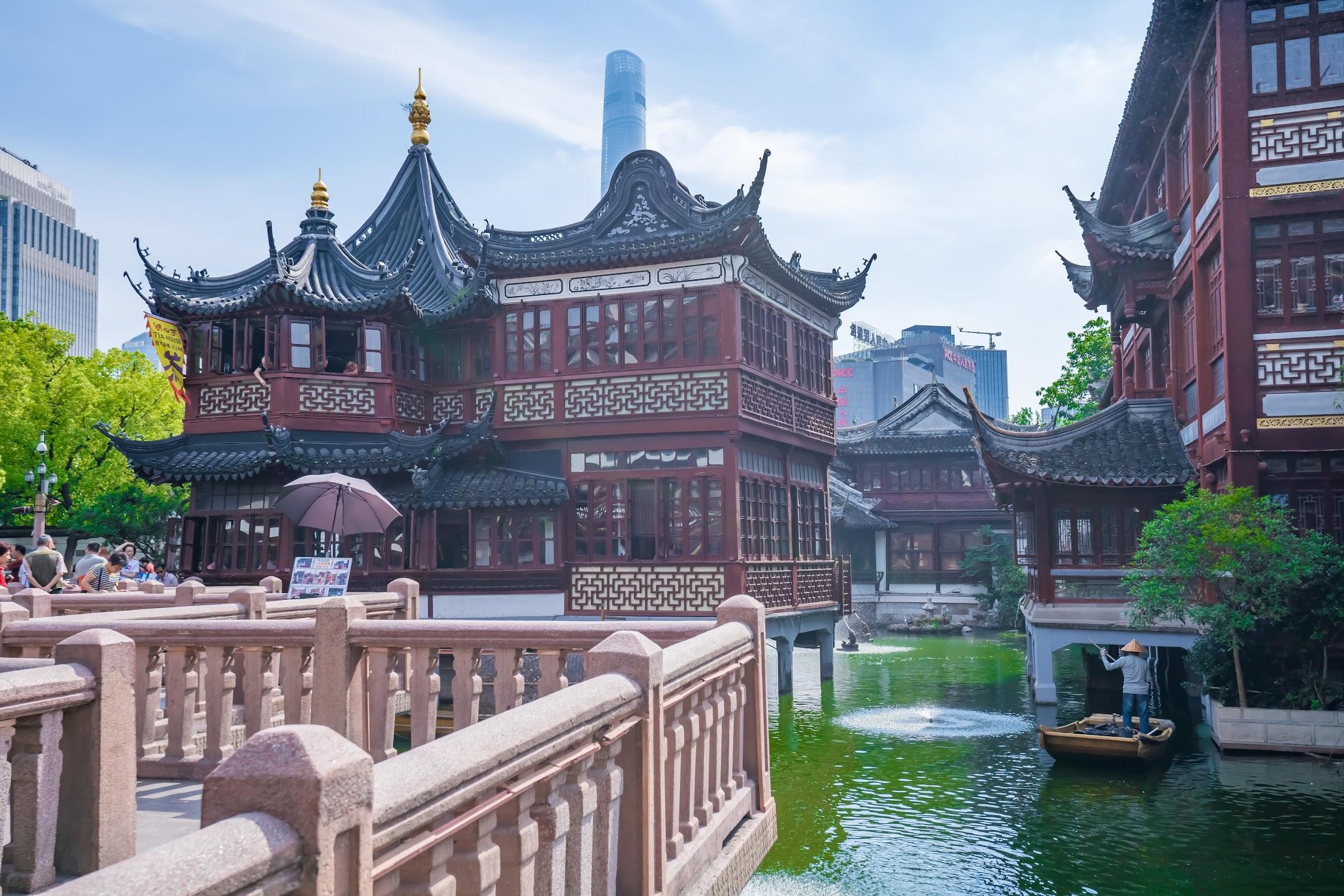 Shanghai Yuyuan Huxin Pavilion (The Mid-Lake Pavilion Teahouse)1