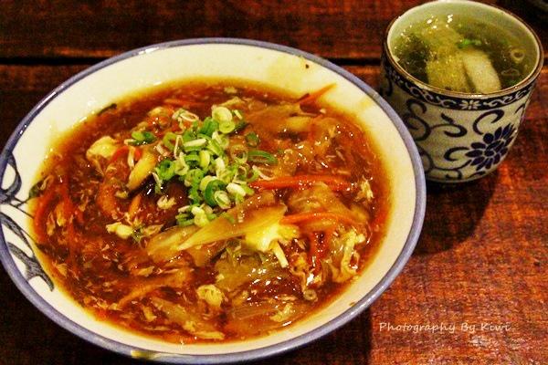 經濟實惠如何吃?櫻の燒烤 日式料理(套餐、鮭魚炒飯、豬排蓋飯、居酒串燒)