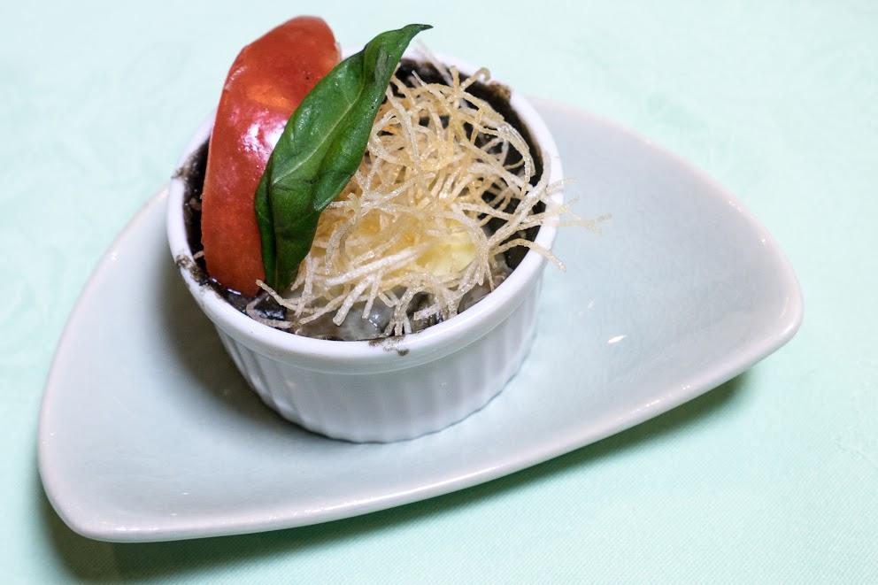 8.煮込み:黒千石カレーシチュー仕立てうどん入(豆乳のグラタン風)