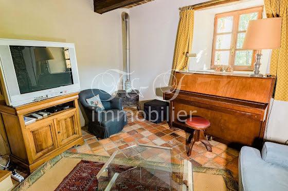Vente propriété 279 m2