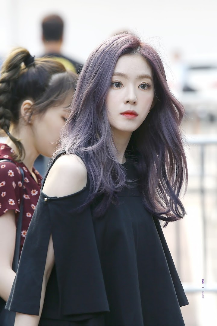 Fans Angry At Stylists For Making Irene Uncomfortable With Revealing