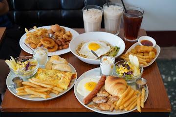 初飽早午餐