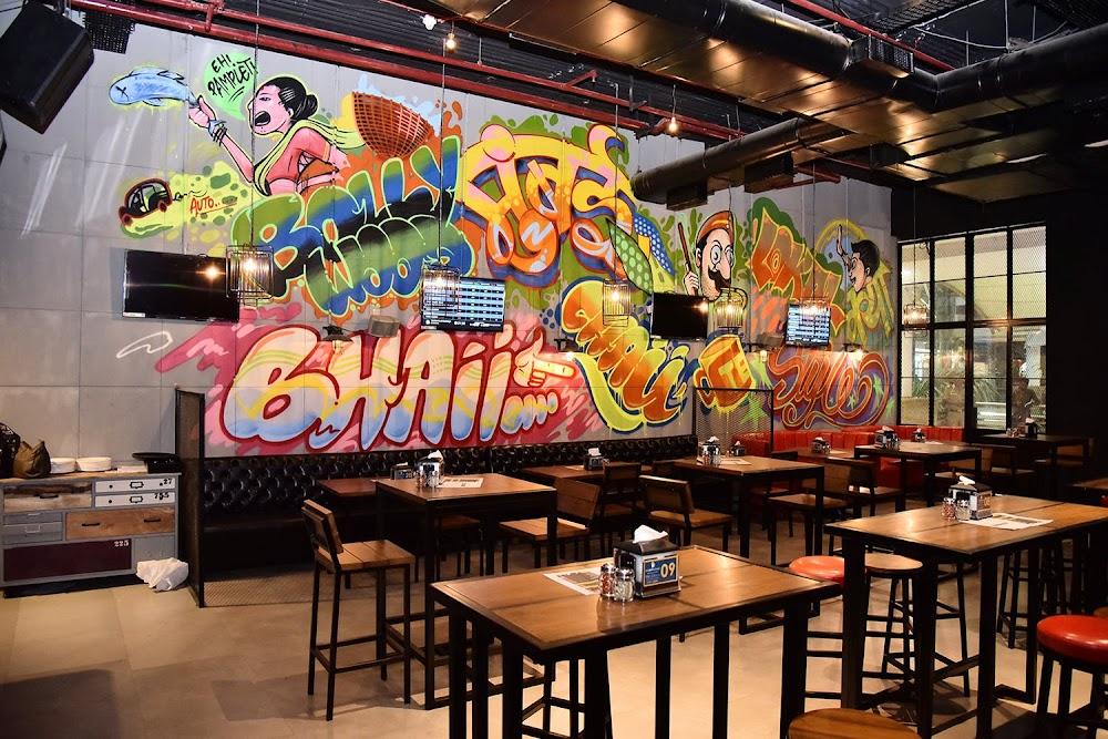 sports-bars-mumbai-The_Bar_Stock_Exchange