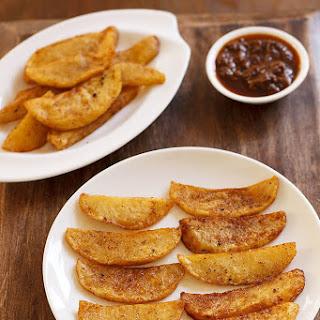 Peri Peri Potato Wedges.