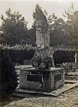 Photo: Wallace's grave in the second half of the 20th century. Scanned with permission from the original owned by the Wallace family. Copyright of scan: A. R. Wallace Memorial Fund & G. W. Beccaloni.