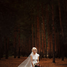 Wedding photographer Anastasiya Zayceva (Nastyana). Photo of 27.10.2014