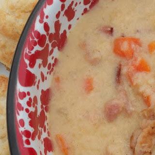 Ham & Cheddar Cauliflower Chowder