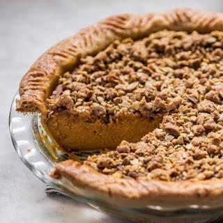 Spiced Kabocha Squash Pie with Pumpkin-Seed Crumble