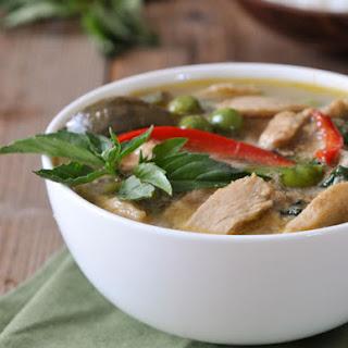 Green Curry with Chicken | Gang Keow Wan Gai | แกงเขียวหวานไก่