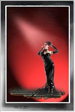 Foto: 2011 11 13 - P 140 D - Pebea im roten Licht