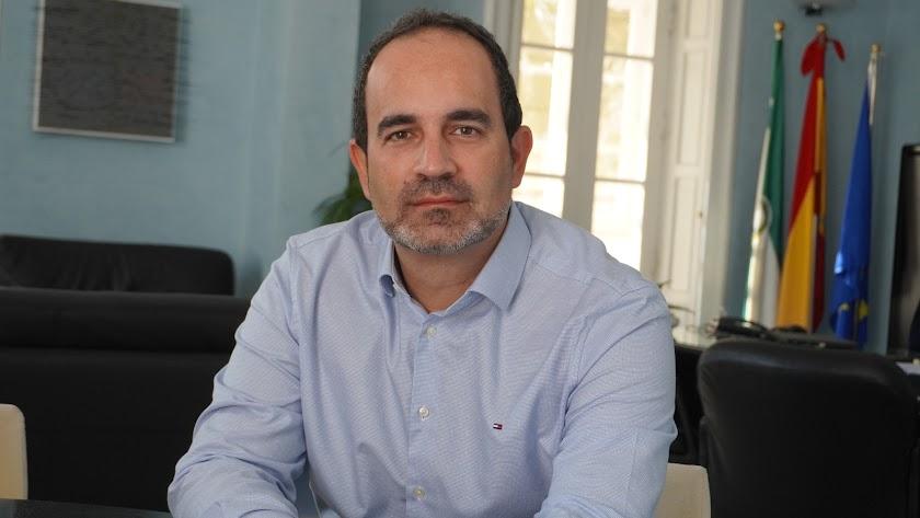 Jose Luis Amérigo, alcalde de Carboneras.