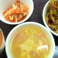 銀魚泰式主題餐廳