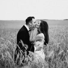 Wedding photographer Przemysław Sikora (Przemek). Photo of 08.02.2018