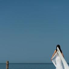 Wedding photographer Theophilos Gerondopoulos (kinikon). Photo of 31.12.2014