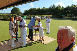 Photo: PRESIDENTS CAPTAIN PRESENTS TROPHIES TO TOP RINK-JEAN SMITH, KEN WEBSTER, IAN KING & JOHN LAN