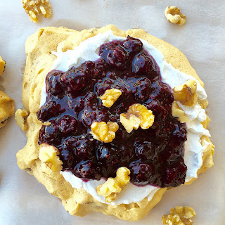 Healthy Walnut Pavlova with Blueberry Sauce [sugar-free, gluten-free]