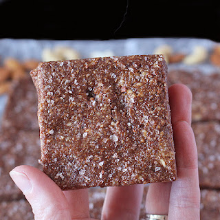 Paleo Chocolate Protein Bars (Copycat RXBars) Recipe