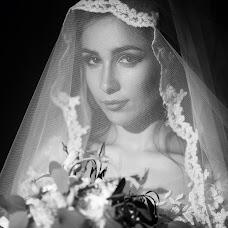 Wedding photographer Vladimir Dmitrovskiy (vovik14). Photo of 03.10.2017