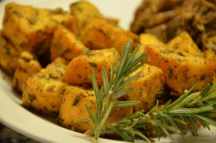 Rosemary Cardamom Roasted Sweet Potatoes Recipe | Yummly