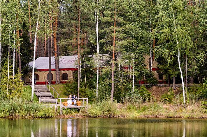 Фото №3 зала Шатер «На лесном озере»