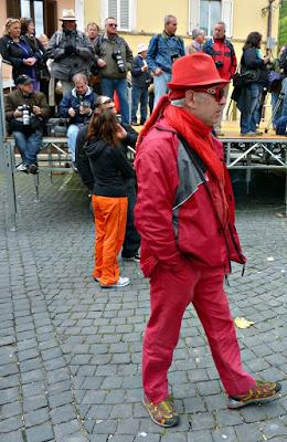 Tutto di rosso vestito di FransuaR
