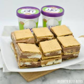 Kemps Yo² Frozen Yogurt Swirl Sandwiches.