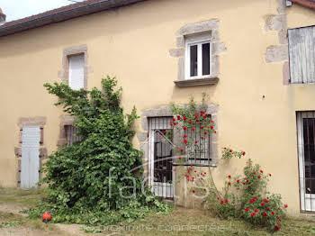 Maison 11 pièces 271 m2