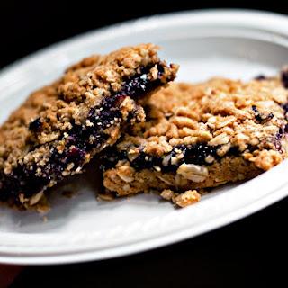 Berry Oatmeal Crumble Bars