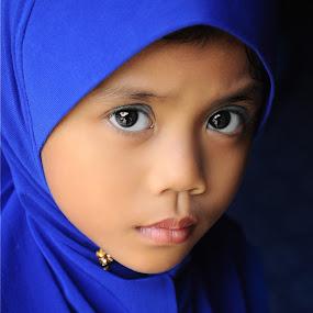 alya by Asrul CikguOwn - Babies & Children Child Portraits